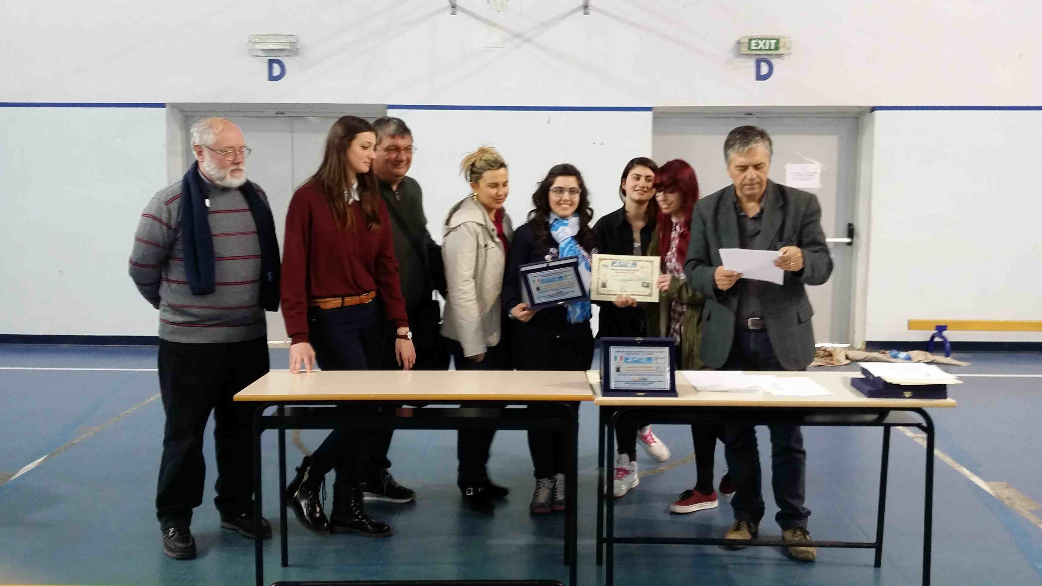 1° Classificata Sec. II Jun. Femminili Liceo Scientifico N. Cortese MADDALONI