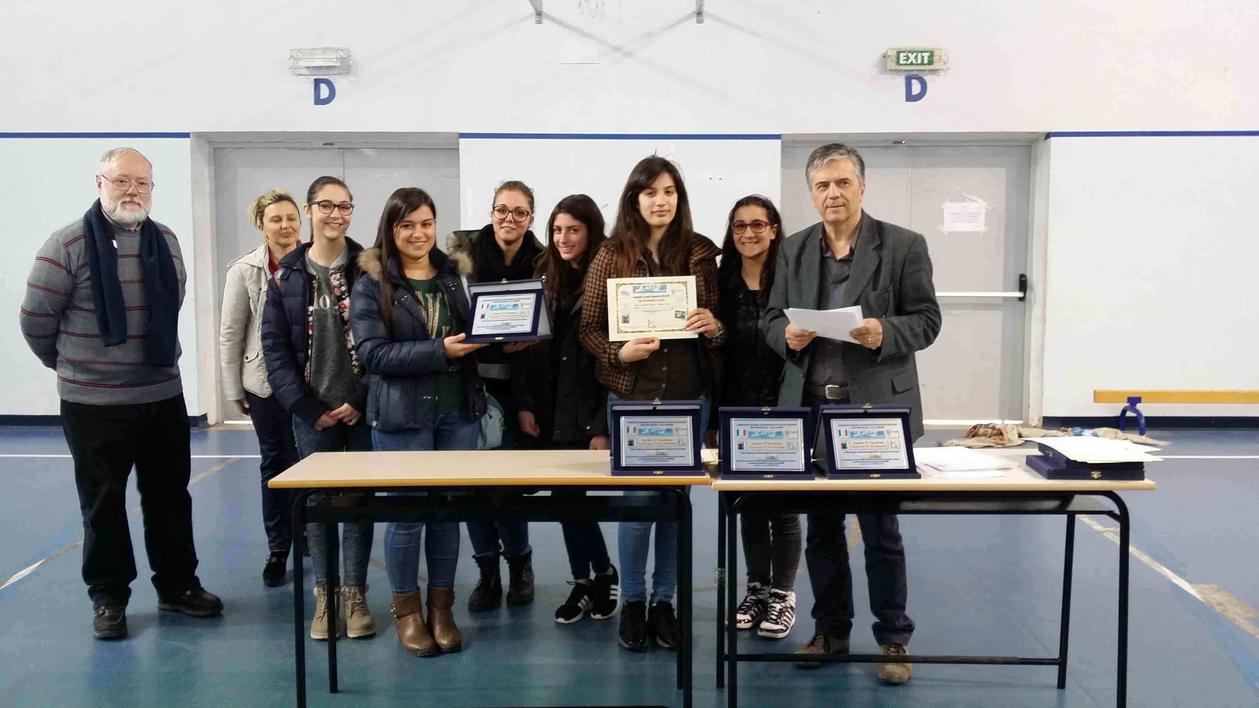 1 Classificata Liceo Scientifico S. Pizzi Cat. Sec. II° Allievi Femminili CAPUA